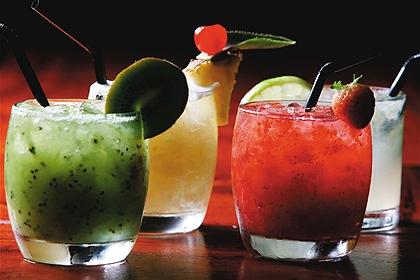 394018-Receitas-para-o-verão-Bebidas-com-saquê